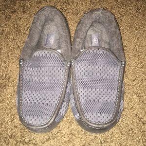 Men's UGG Slippers - hardly worn